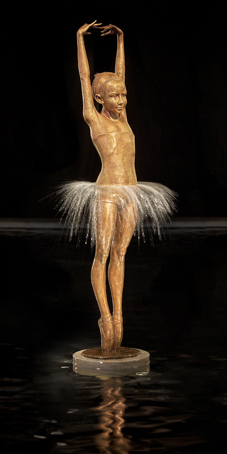 Malgorzata Chodakowska | Water statues #artpeople